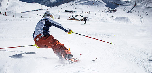 Ski-alpin-stage-competition-slalom